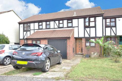 Greenfinches, Hempstead, Gillingham. 3 bedroom semi-detached house