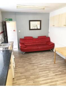 Hanover Street, City Centre, Swansea. 2 bedroom flat