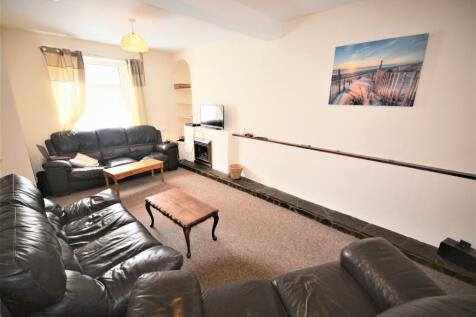 Fleet Street, Sandfields, Swansea. 4 bedroom house