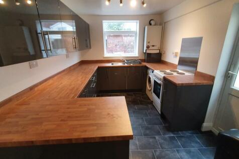 Marlborough Road, Brynmill, Swansea. 5 bedroom house