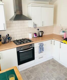 Hanover Street, Mount Pleasant, Swansea. 2 bedroom flat