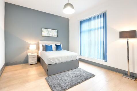Calvert Terrace, Mount Pleasant, Swansea. 4 bedroom flat
