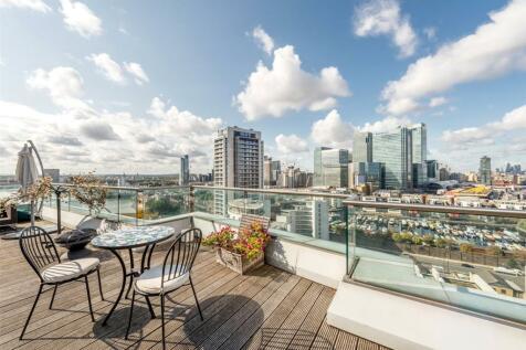 New Providence Wharf, Canary Wharf, E14. 3 bedroom apartment for sale
