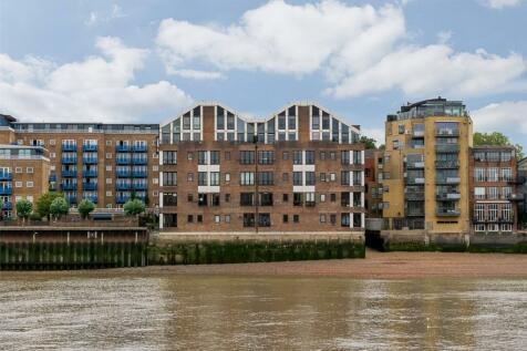 Keepier Wharf, Narrow Street, Limehouse, E14. 4 bedroom apartment