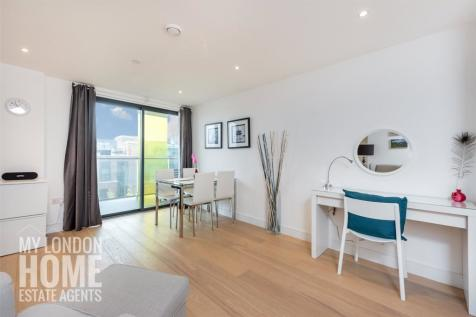 Kensington Apartments, 11 Commercial Street, Aldgate, E1. 1 bedroom apartment for sale