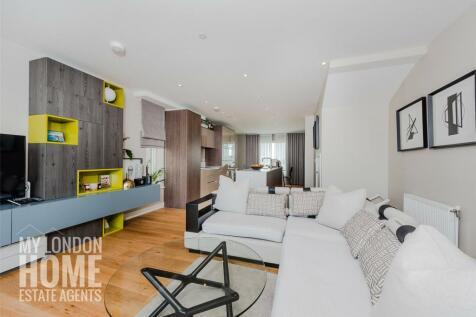 Bayliss Heights, 8 Peartree Way, Millennium Village, Greenwich, SE10. 3 bedroom duplex for sale