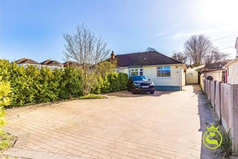 Recreation Road, Branksome, Poole, BH12. 2 bedroom bungalow for sale