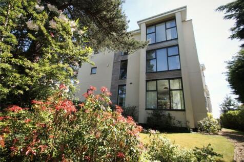 Alipore Close, Lower Parkstone, Poole, BH14. 2 bedroom apartment