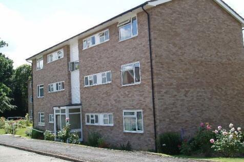 Dry Bank Court, Tonbridge. 2 bedroom flat