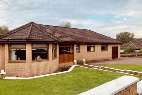 Mollinsburn Road, Glenboig, Coatbridge. 4 bedroom house