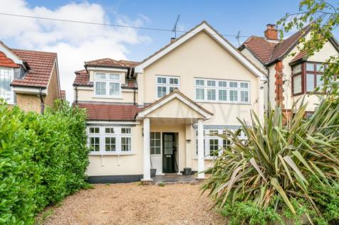 Wykeham Avenue, Hornchurch, RM11. 4 bedroom detached house for sale