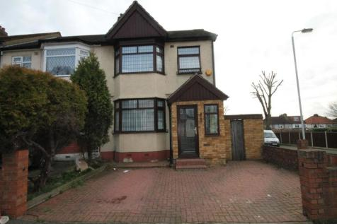 Hillcrest Road, Hornchurch, RM11. 4 bedroom semi-detached house