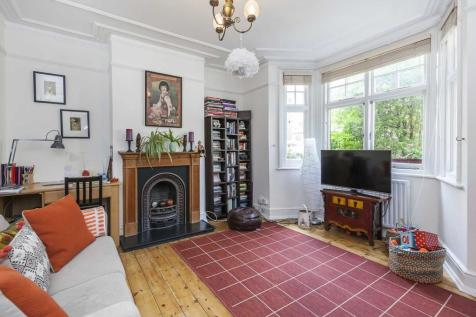 Cruikshank Street, London, WC1X. 2 bedroom apartment