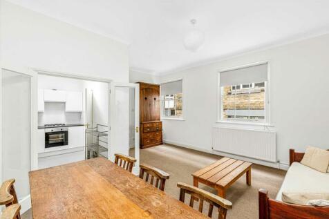 Hampton Court, Highbury Corner, N1. 2 bedroom apartment