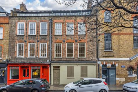 Hanbury Street, Spitalfields, E1. 3 bedroom house