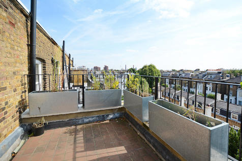 Harcourt Terrace, London, SW10. 2 bedroom flat