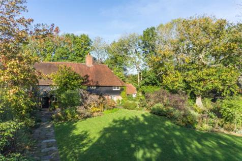 Theobalds Road, Wivelsfield Green, Burgess Hill, West Sussex, RH15. 5 bedroom detached house for sale