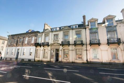 Stormont House, 11-13 Atholl Street, Perth, Perthshire, PH1 5NH. 1 bedroom flat