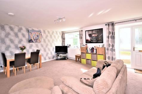 Crieff Road , Perth , Perthshire, PH1 2PB. 2 bedroom semi-detached house for sale