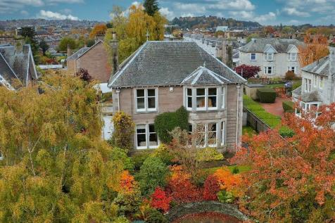 15 Muirton Bank, Perth, Perthshire, PH1 5DN. 3 bedroom detached house for sale