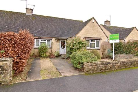 Letch Hill Drive, Bourton-on-the-Water. 3 bedroom semi-detached house