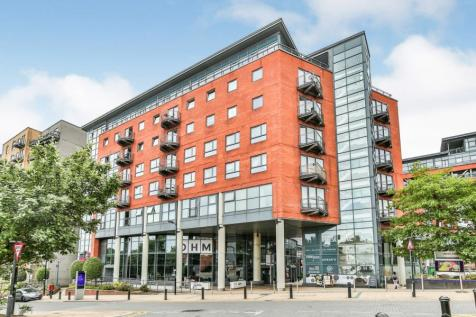 West One City, 10 Fitzwilliam Street, Sheffield, South Yorkshire, S1. 2 bedroom flat