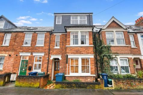 Chilswell Road, Grandpont. 4 bedroom terraced house for sale