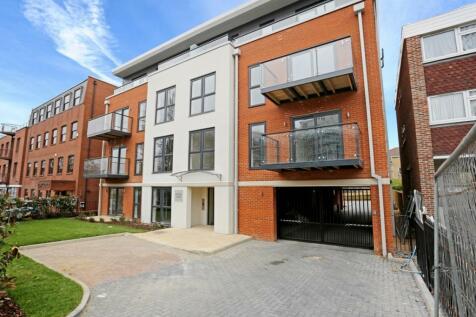 St. Johns Road Harrow HA1. 2 bedroom apartment