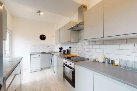 Green Street, Gillingham, ME7. 6 bedroom house share