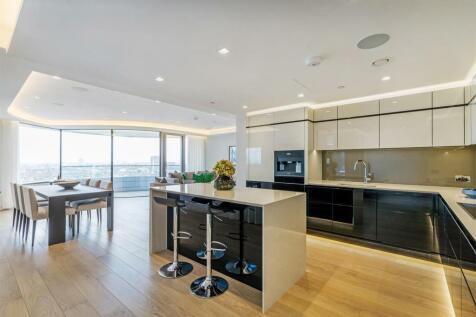 Tower Two, The Corniche, 23 Albert Embankment, Nine Elms, SE1. 3 bedroom flat for sale