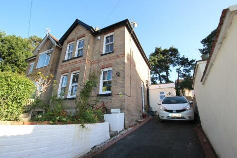 Gordon Road, CLOSE TO COY POND, Poole, Dorset, BH12. 3 bedroom semi-detached house