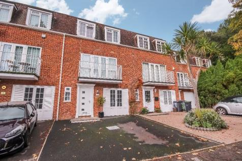 Elm Gardens, BOURNEMOUTH, Dorset, BH4. 4 bedroom town house for sale