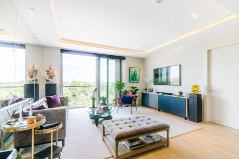 Lillie, Square, Earls Court, London, SW6. 3 bedroom flat for sale
