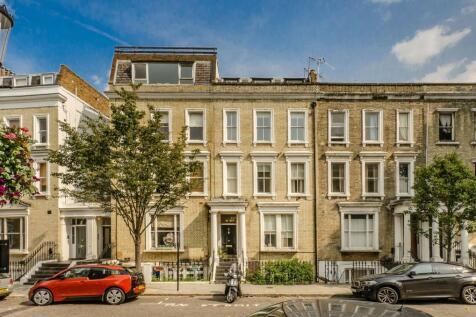 Eardley Crescent, Earls Court, SW5. 1 bedroom flat