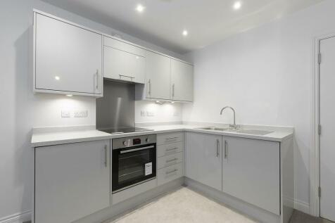 Albion Place Apartments, Albion Place, Cheltenham. 1 bedroom apartment