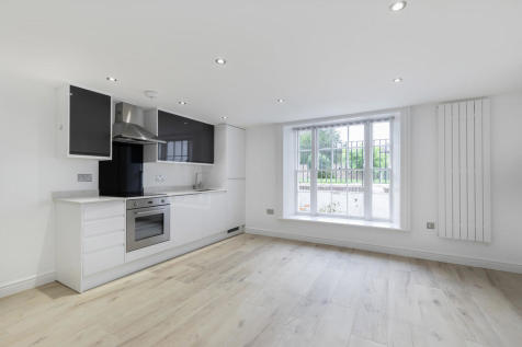 Montpellier Drive, Cheltenham GL50 1TX. 1 bedroom apartment