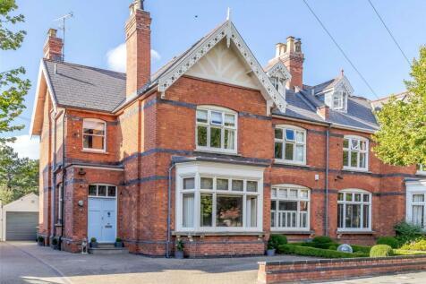Eldorado Road, Cheltenham, Gloucestershire, GL50. 6 bedroom semi-detached house for sale