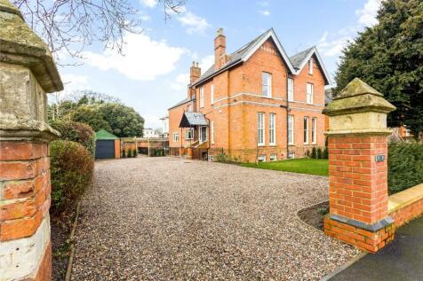 Painswick Road, Cheltenham, Gloucestershire, GL50. 5 bedroom semi-detached house for sale