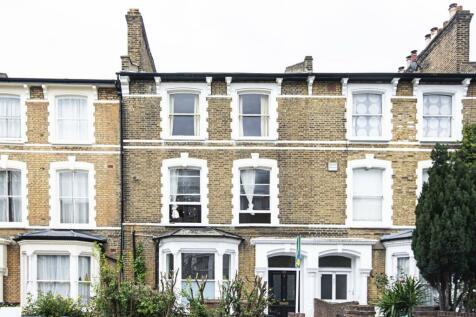 Farleigh Road, Stoke Newington, London, N16. 7 bedroom house
