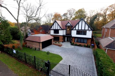 Fulmer Drive, Gerrards Cross, SL9. 6 bedroom detached house for sale