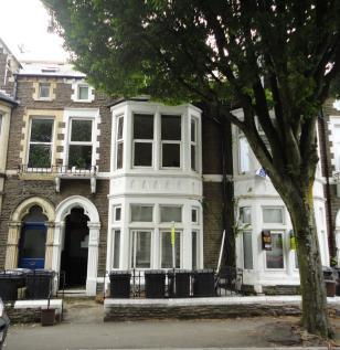 Connaught Road, Roath.. 1 bedroom flat