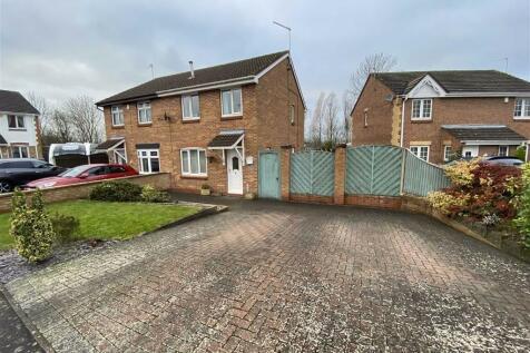 Atherton Road, Shipley View, Derbyshire. 3 bedroom semi-detached house
