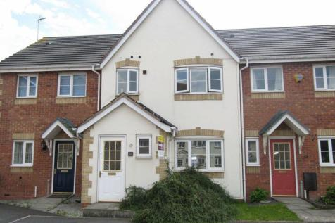 Hatters Court, Bedworth. 3 bedroom terraced house