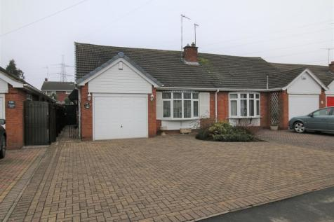 Goodyers End Lane, Bedworth. 2 bedroom semi-detached bungalow