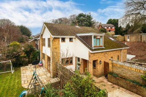 Surley Row, Emmer Green, Reading. 4 bedroom detached house for sale