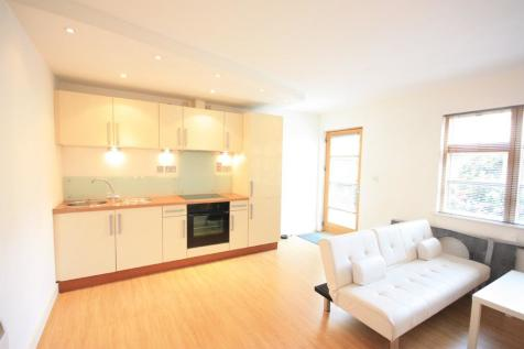 The Courtyard, St. Martins Lane. 1 bedroom apartment