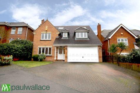 Biggs Grove Road, West Cheshunt property
