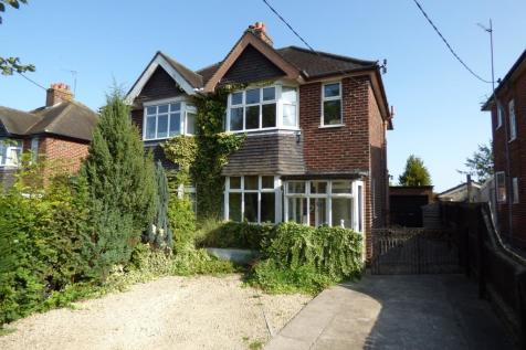 Storridge Road, Westbury. 3 bedroom semi-detached house