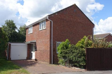 Liddington Way, Trowbridge. 4 bedroom detached house