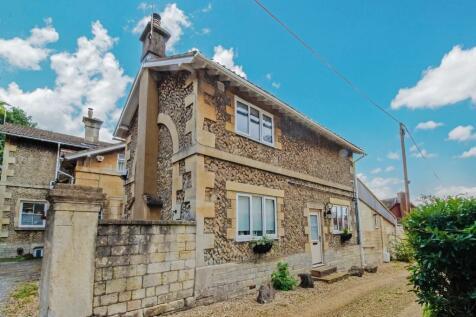 Trowbridge, Wiltshire. 2 bedroom character property